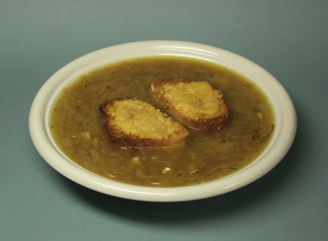 zwiebelsuppe zuppa di cipolle vienna